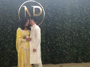 इंगेजमेंट पार्टी में देसी गर्ल प्रियंका चोपड़ा ने किया डांस