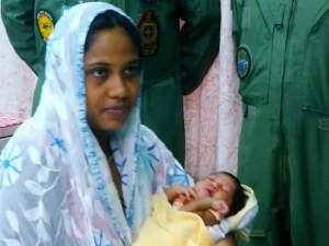 Kerala: नेवी एयरलिफ्ट करके  बचाया, दिया मासूम बच्चे को जन्म