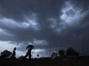 ओडिशा, आंध्र प्रदेश में चक्रवात और भारी बारिश की चेतावनी