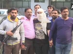 जम्मू कश्मीर के SI की हत्या में शामिल हिजबुल आतंकी गिरफ्तार