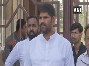कर्नाटक: मारपीट की खबरों पर कांग्रेस विधायक ने दी सफाई