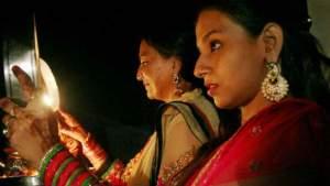 #KarwaChauth:जानिए आप के शहर में कितने बजे निकलेगा चांद