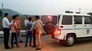 गुजरात से UP लाए जा रहे हैं हत्यारोपी, मिली ट्रांजिट रिमांड