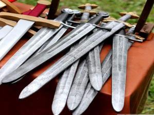 सहारनपुर की एक लड़ाई में निकली तलवारें, भाग खड़ा हुआ हर कोई
