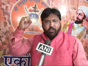 Padmavat Row: कर्णी सेना की प्रसून जोशी को धमकी