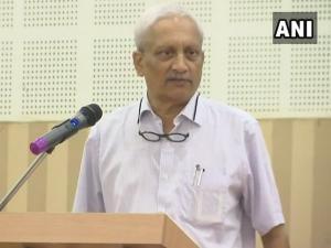क्या मैं आर्मी को राहुल गांधी को साथ ले जाकर सर्जिकल स्ट्राइक के लिए कहता: मनोहर पर्रिकर