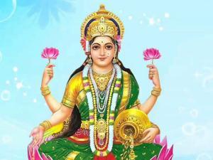 कार्तिक पूर्णिमा पर कीजिए मां लक्ष्मी को इस तरह से प्रसन्न