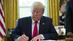 अमेरिका ने प्रतिबंधों में ईरानी सुप्रीम लीडर को बनाया निशाना