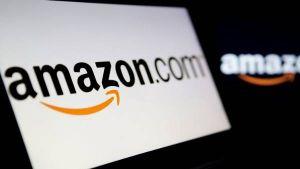 Amazon की सेल में गलती से 6500 में बिका 9 लाख का कैमरा