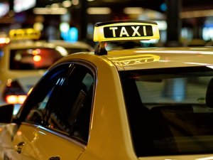 नए साल पर इतने नशे में था युवक, टैक्सी में पार किए तीन देश