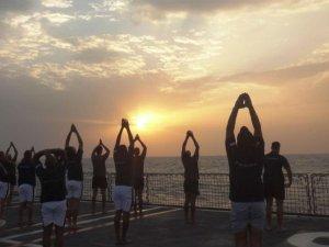 'सूर्य नमस्कार' केवल योग नहीं बल्कि खुश रहने का साधन है