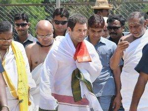नेहरू-इंदिरा या मां सोनिया? 19 में किसके नक्शेकदम पर चलेंगे