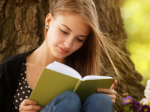 सुकून से चाहते हैं दोस्ती तो किताबों से कीजिए मोहब्बत