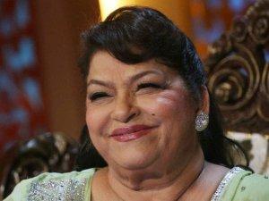 सरोज खान ने 13 साल की उम्र में की थी 43 साल के अधेड़ से शादी