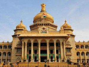 Karnataka Floor Test: कर्नाटक का जनमत किसके पक्ष में है ?