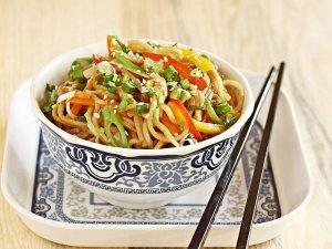बिहार की जेल में चीनी कैदी की आवभगत, खाने में  हक्का नूडल्स