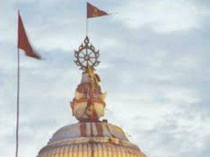 जगन्नाथ मंदिर का ध्वज रोज बदला जाता है, जानिए क्यों ?