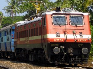 प्रयागराज सहित इन बड़ी ट्रेनों का बदलने जा रहा है टाइम