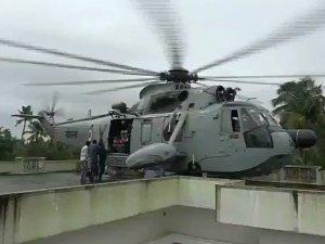 कैप्टन ने छत पर उतरा हेलीकॉप्टर, 'देवदूत' बन बचाई 26 की जान