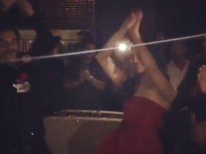 किसकी पार्टी में नागिन डांस कर रहे हैं राजकुमार और श्रद्धा?