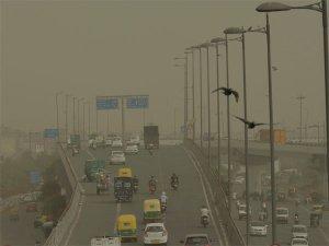 सावधान! 'जहरीली हवा' की चपेट में दिल्ली-एनसीआर