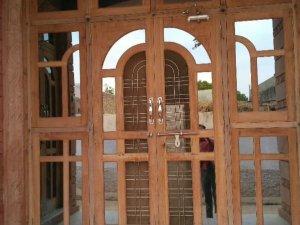 Vastu Tips: वास्तु-द्वार निर्णय कैसे करें?