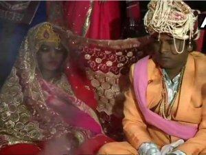 दिल्ली: वरमाला की रस्म के दौरान दुल्हन को गोली लगी