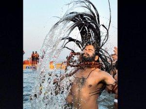 कुंभ: पहला शाही स्नान आज, 1.5 Cr लोग लगाएंगे डुबकी, तस्वीरें