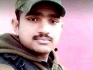 पुलवामा हमला: बस में चढ़ने से पहले आया मैसेज,बची जवान की जान