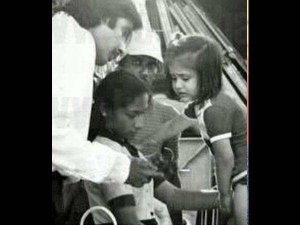 अमिताभ ने शेयर की करीना के बचपन की फोटो, रोती हुई आ रहीं नजर