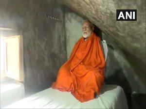 केदारनाथ धाम की पवित्र गुफा में साधना में लीन हुए पीएम मोदी