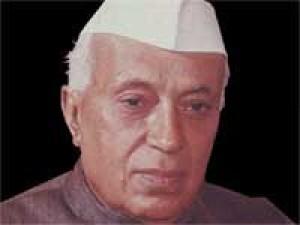 नेहरू के आलोचक अपने पूर्वाग्रह की गिरफ्त में