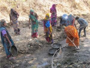 बुंदेलखंड की जल सहेलियां ला सकती हैं जल क्रांति
