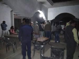 प्रतापगढ में कांग्रेस -बसपा समर्थक भिड़े, वाहनों में तोड़फोड़