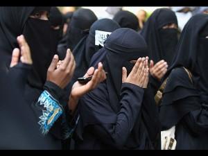 सरकार हस्तक्षेप न करे, हम खुद ही खत्म कर देंगे तीन तलाकः मुस्लिम पर्सनल लॉ