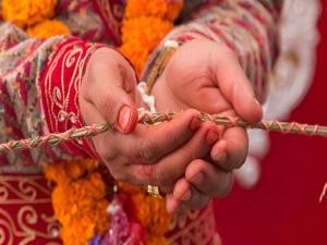 अलग-अलग देशों में शादी और संबंध बनाने को लेकर क्या हैं कानून, जानिए