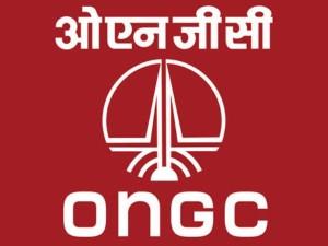 ओएनजीसी के एचपीसीएल में 51 फीसदी शेयर खरीदने की डील पर मुहर