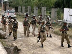 J&K: शोपियां में आतंकियों ने पुलिस स्टेशन पर फेंका ग्रेनेड, सर्च ऑपरेशन जारी