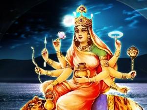 Chaitra Navratri 2018: क्यों करते हैं नवरात्रि में मां दुर्गा के 16 श्रृंगार, क्या है इसके मायने?