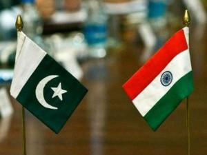 राजनयिकों को परेशान करने के आरोप-प्रत्यारोपों के बाद भारत-पाकिस्तान का तनाव नए स्तर पर