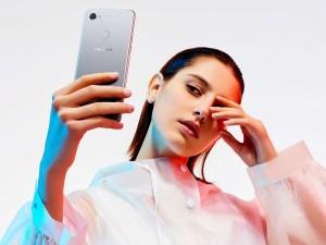 790 रुपये में आया सेल्फी वाला फीचर फोन, जानिए इसके खास फीचर्स
