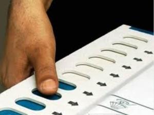 वीवीपैट पर सुप्रीम कोर्ट के नोटिस से चुनाव में धांधली का मुद्दा गरमाया