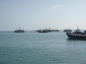 ओमान में इंडियन ऑयल टैंकर में ब्लास्ट, 3 क्रू मेंबर गायब