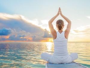 Aaj Ka Mantra: सक्सेस पाने के लिए आज से ही कीजिए इन मंत्रों का जाप