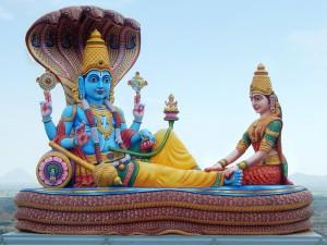 Anant Chaturdashi Day 2018: अनंत चतुर्दशी पर करें भगवान विष्णु की पूजा, कष्टों से मिलेगी मुक्ति