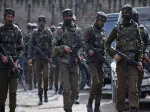 जम्मू-कश्मीर: बडगाम में आतंकियों और सेना के बीच मुठभेड़ जारी, 3 आतंकी ढेर
