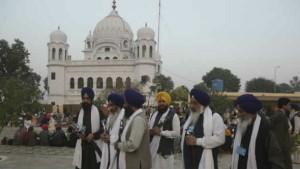Kartarpur Sahib: पाकिस्तान श्रद्धालुओं की एंट्री फीस से कमाएगा 21 करोड़, 100 ग्राम प्रसाद के वसूलेगा 151 रुपए