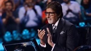 Birthday Special: 77 की उम्र में भी अमिताभ लगते हैं Hot, जानिए क्या है राज?