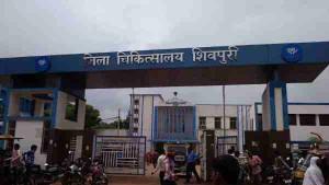 सरकारी अस्पताल में शव की आंखों में लगी चीटियां, सीएम कमलनाथ ने दिए जांच के आदेश