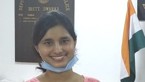 दिल्ली पुलिस के ASI की बेटी विशाखा यादव बनी IAS ऑफिसर, UPSC में छठी रैंक पाई